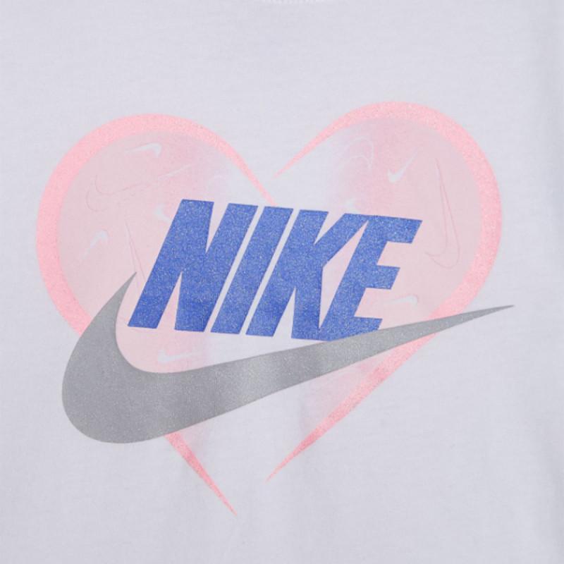 NIKE NKG SEASONAL HEART TEE